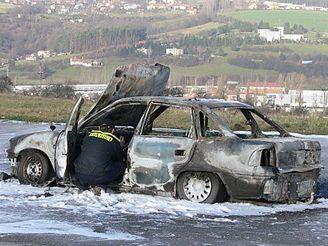 U Zlína uhořel v autě osmatřicetiletý muž