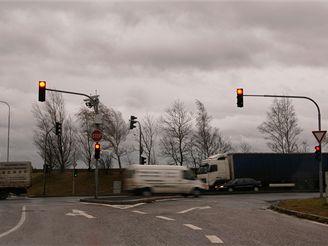 Semafory - křižovatka K Holyni