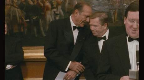 Z filmu Občan Havel