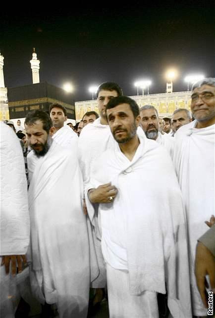 Muslimská pouť do Mekky - modlitby na planině Arafát