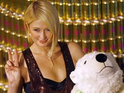 Paris Hiltonová a plyšový lední medvěd Knut v Berlíně (12. prosince 2007)
