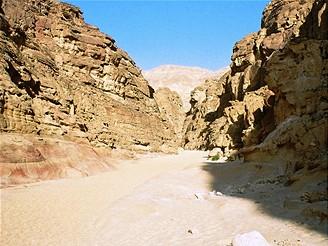 Sinaj, Colored Canyon