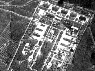 Základna sovětských antiraket vyfotografovaná družicí KH 4