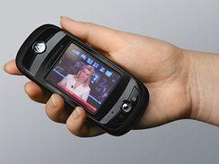 Televize v mobilu