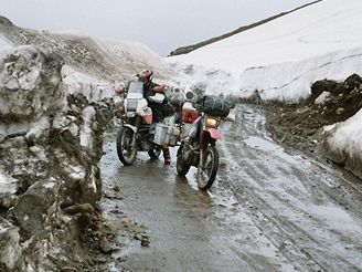 Indie: Rohtang la 3975m