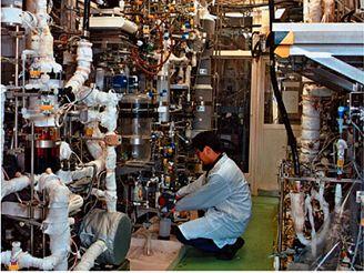 Laboratorní výroba H2 SI procesem