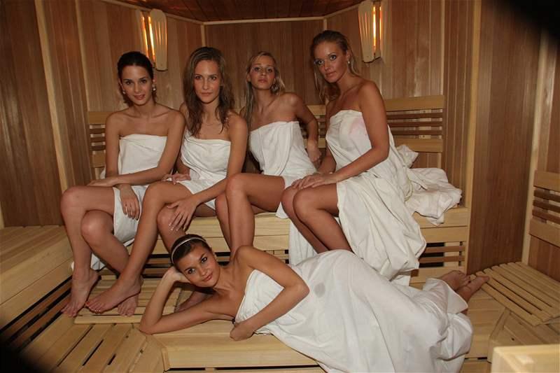 Finalistky Miss ČR 2008 v sauně