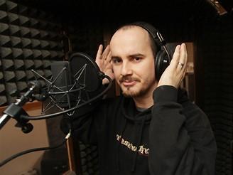 Igor Timko z kapely No Name ve studiu Propast