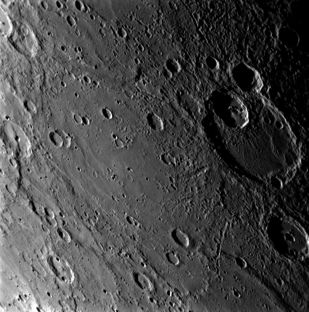 planeta Merkur, kráter