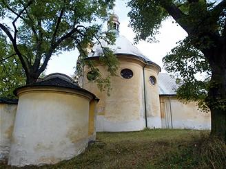Jaroměřice - kostel Povýšení svatého Kříže
