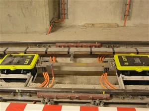 Připojování nového úseku metra ke stávající trase