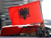 Albánci oslavují nezávislost Kosova
