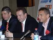 Vedení fotbalové Slavie: Doležal, Rosen a Vik