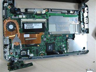 HP 2133 šasi a montáž