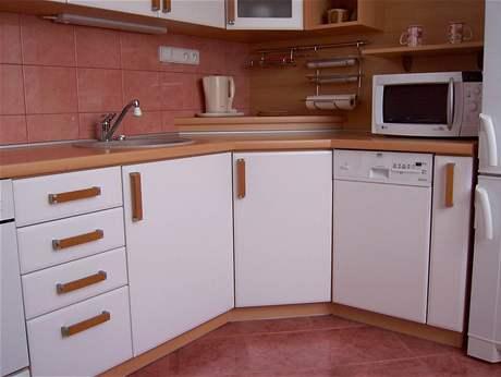 Kuchyňská linka v paneláku