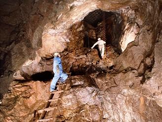 Bývalý rudný důl Kovárna můžete vidět v Peci pod Sněžkou