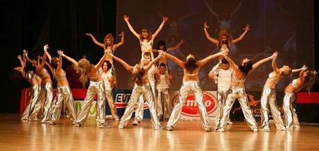 Tanečníci na loňském ročníku soutěže