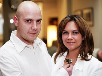 Jana Prokopov� a Tom� Borel - rodi�e nemocn�ho Tom�ka