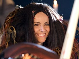Natáčení videoklipu k filmu Bathory - Katarína Knechtová