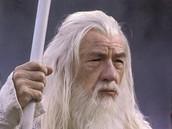 Ian McKellen v roli Gandalfa ve filmov� trilogii P�n prsten�