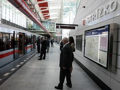 Otevření prodloužené trasy C metra
