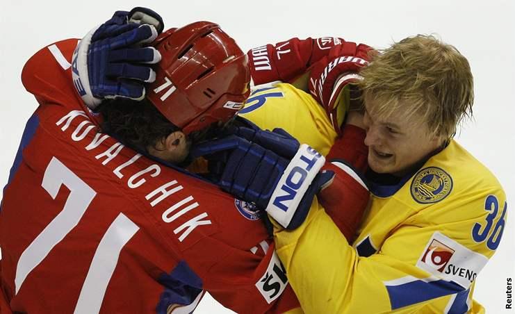Rusko - Švédsko: bitka Kovalčuka se Stralmanem
