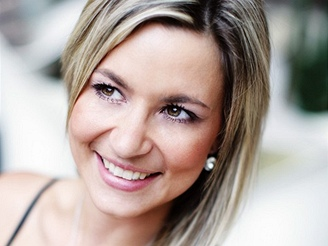 Monika Poslušná - snoubenka moderátora Leoše Mareše