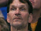 Patrick Swayze na zápase basketbalového týmu Lakers