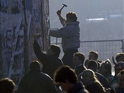 Po p�du Berl�nsk� zdi v listopadu 1989