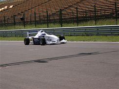 Jízdy monopostem Formula BMW na maďarském Hungaroringu