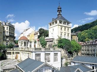 Z Karlových Varů podél Ohře na Loket