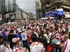 Chovartští fanoušci v centru Vídně při loňském mistrovství Evropy ve fotbale.