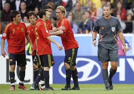 Španělsko: Torres (vpravo)