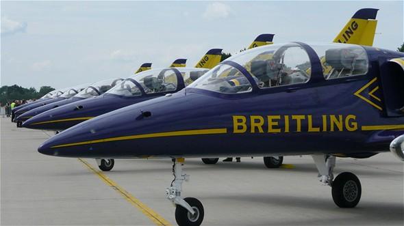 Breitling Jet Team létá na strojích Albatros L-39