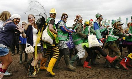 Z festivalu v Glastonbury - fanoušci