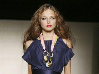 Ruslana Koršunovová na módní přehlídce, která se konala v září 2007 v New Yorku.