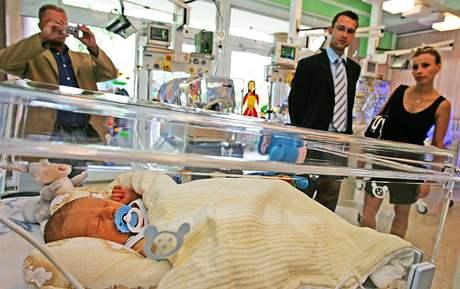 Dětská nemocnice v Brně získala nové vyhřívané lůžko