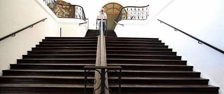 Opravené vstupní schodiště Památníku písemnictví v Rajhradu
