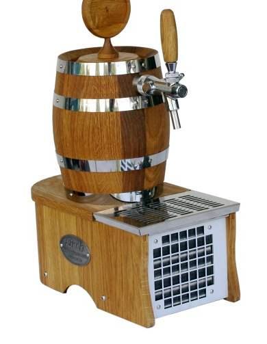 Dubov� soudek s pivn�m chladi�em