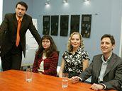 Michal Zelenka (vpravo) s kolegy ze seri�lu O�klivka Katka