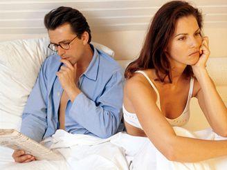 V mnoha případech je žena frigidní pouze během intimností se svým stálým partnerem.