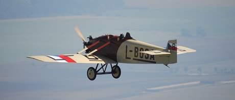 Avia BH 5