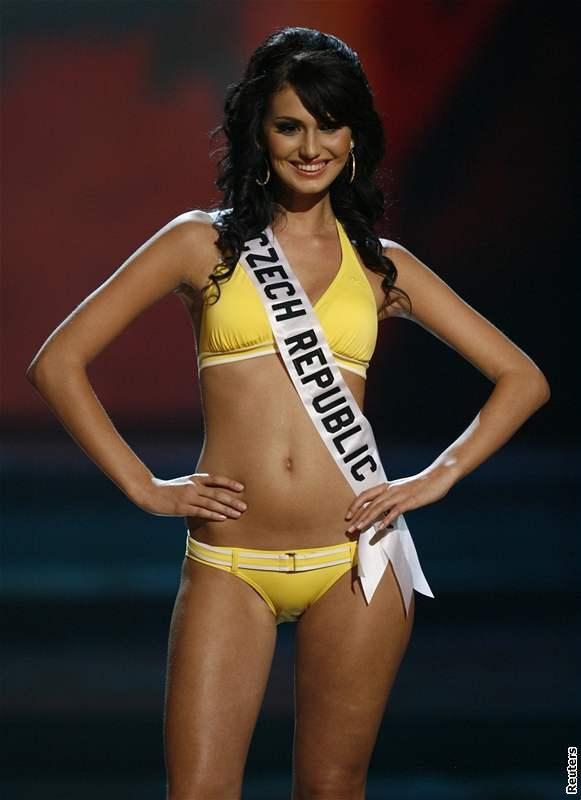 Eliška Bučková na Miss Universe 2008