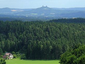 Výhled z hradu Frýdštejn