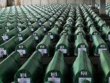 Rakve obětí ze Srebrenice