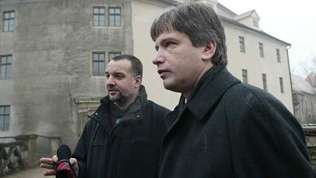 kastelán hradu Veveří Petr Fedor (vlevo) s primátorem Brna Romanem Onderkou