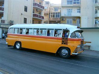 Malta, autobus