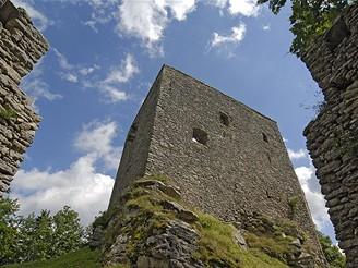 Věž hradu Vítkův kámen