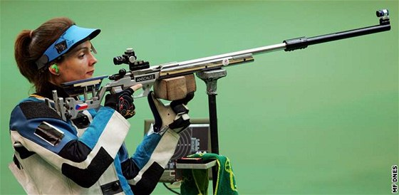 Kate�ina Emmons na olympjisk� st�elnici, kde vybojovala st��bro v z�vodu ze sportovn� malor�ky.