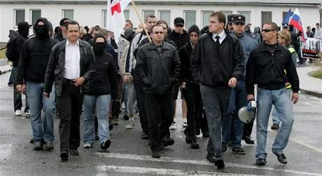 Pochod Dělnické strany Hradcem Králové